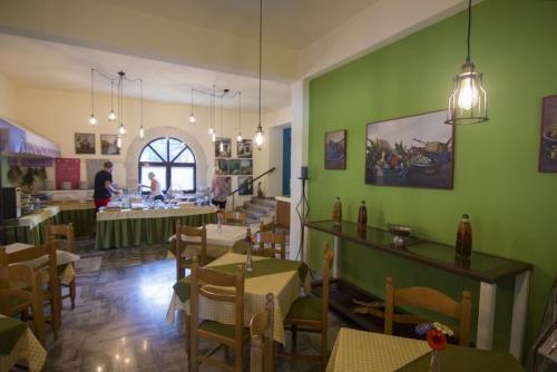 27mega-ammos-hotel-restaurant