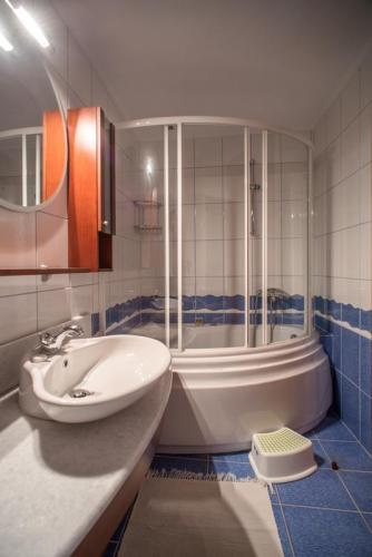 mega ammos suite 7